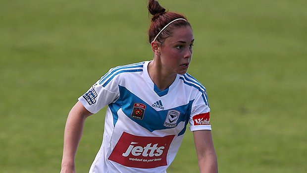 Emma Checker in action for Melbourne Victory in the Westfield W-League.