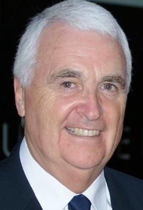 Stefan Kamasz.