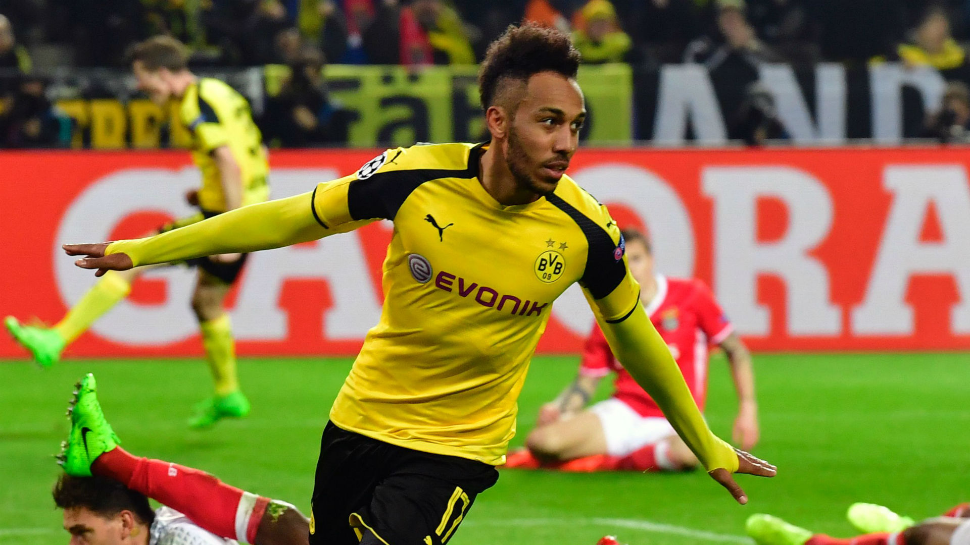 Aubameyang Picture: Borussia Dortmund 4-0 Benfica: Aubameyang And Pulisic See