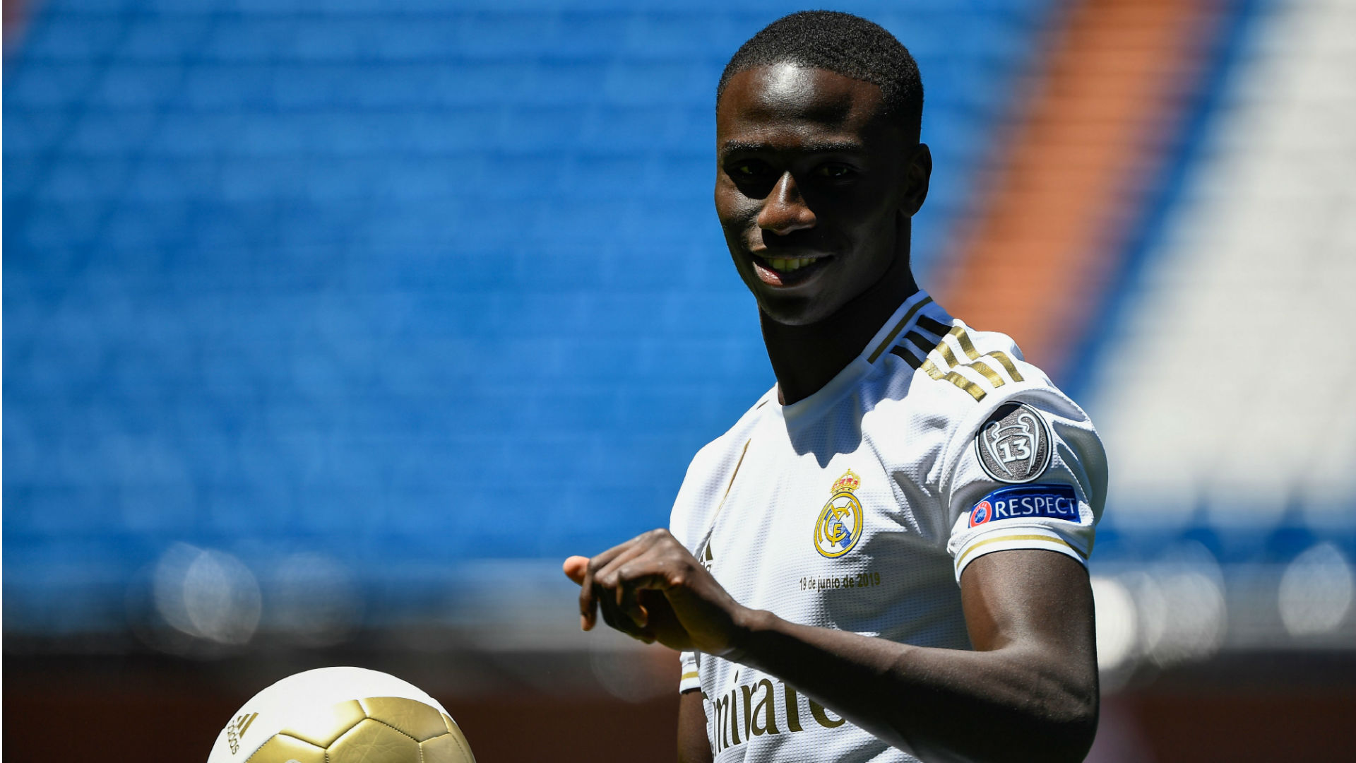 Real Madrid : Ferland Mendy absent 3 à 4 semaines