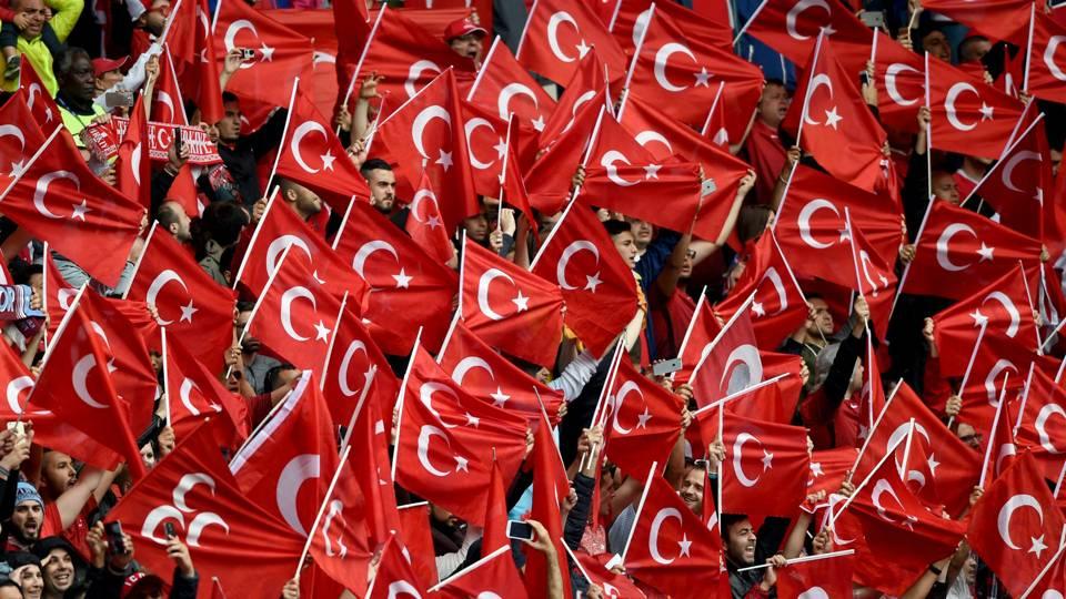 Turkey fans
