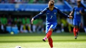 Antoine Griezmann France Ireland UEFA Euro 2016 26062016