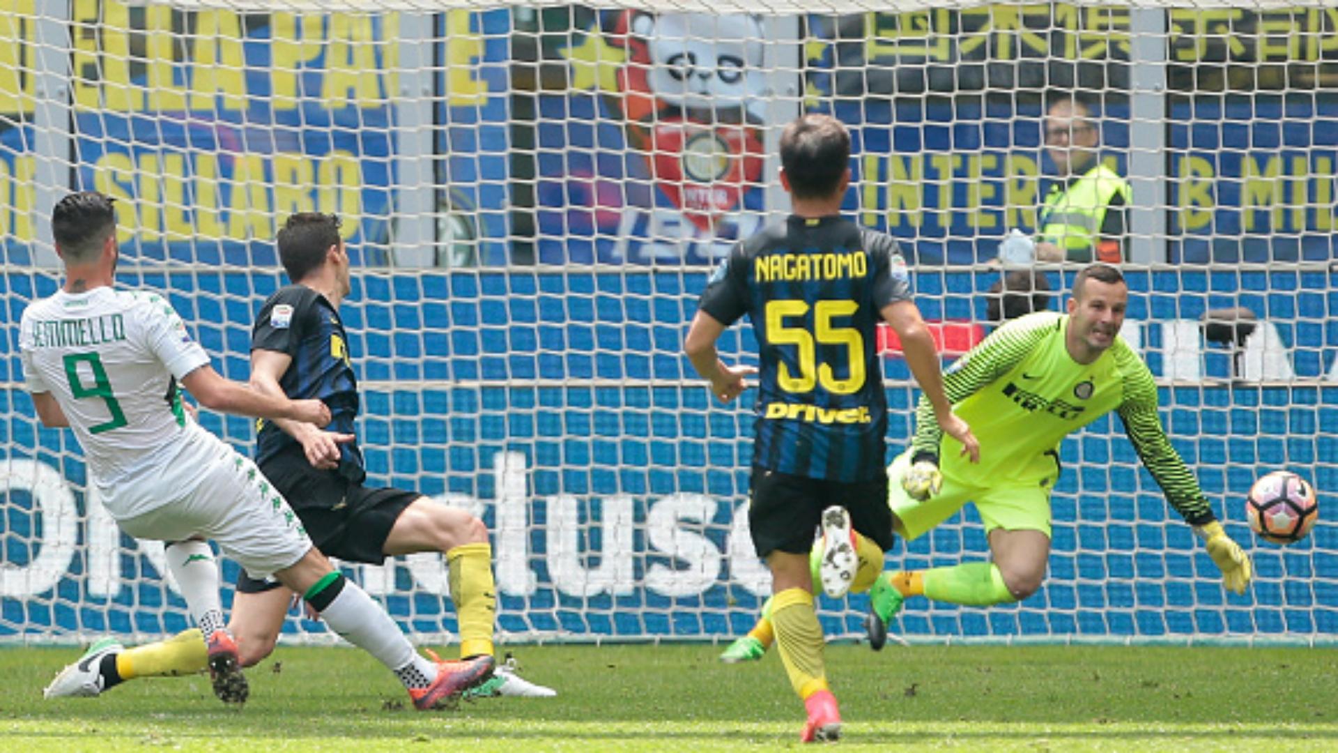 Pietro Iemmello Inter Sassuolo Serie A