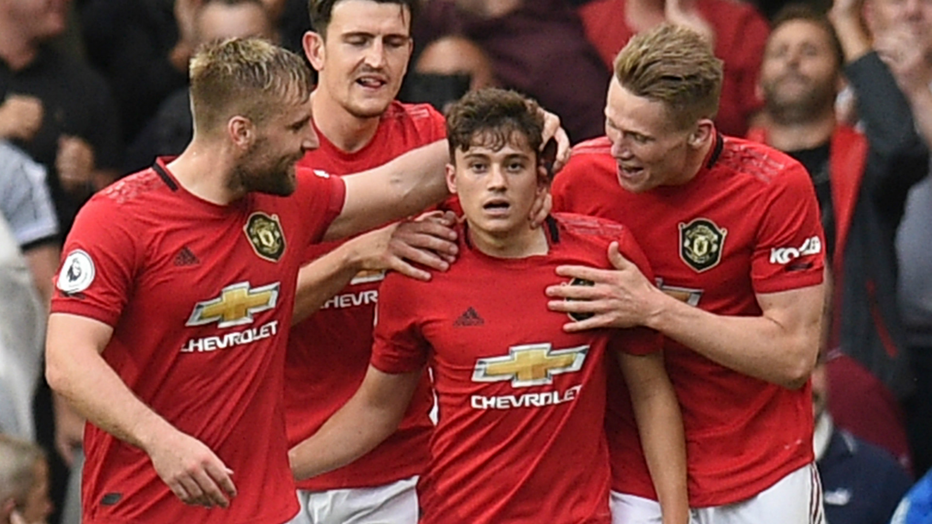 'They can be our 12th player' - James says Man Utd fans gave him goosebumps