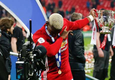 VIDEO: Pogba dabs with EFL Cup trophy