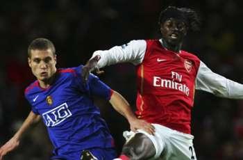 Arsenal 'gentlemen' never stood a chance against 'psycho' Ferdinand and 'rock' Vidic - Adebayor
