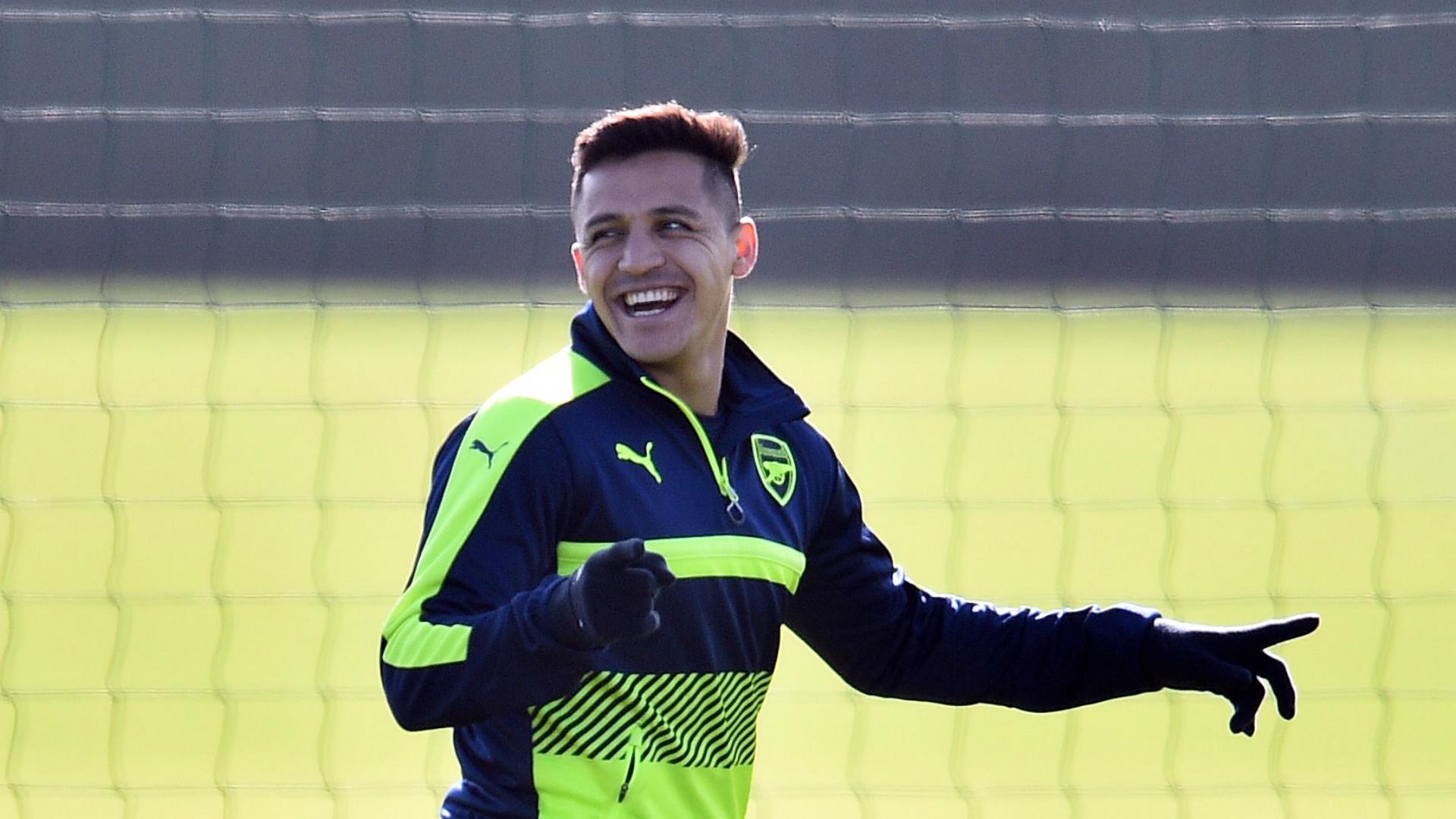 Alexis Sanchez Arsenal Training