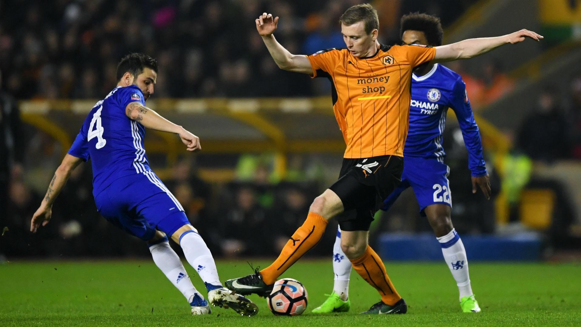CESC FABREGAS | Chelsea | Cầu thủ người Tây Ban Nha chứng tỏ anh hoàn toàn có thể cạnh tranh cho suất đá chính, với màn trình diễn chói sáng trước Wolves. Anh xứng đáng là cầu thủ hay nhất trận.