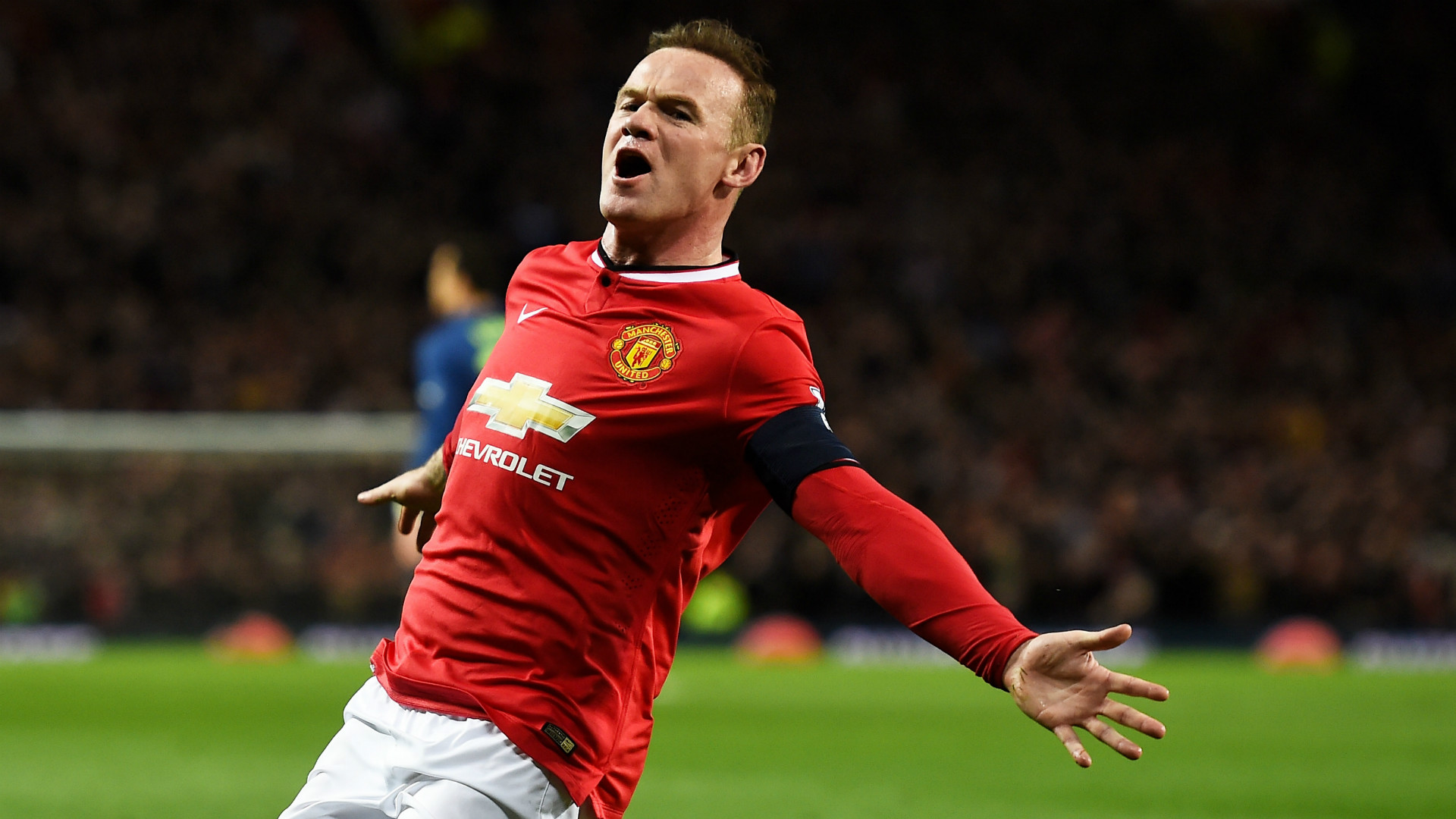 Wayne Rooney urged by Ryan Giggs to celebrate if he scores on