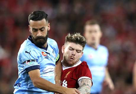Liverpool, Sydney 'miles apart' on the pitch