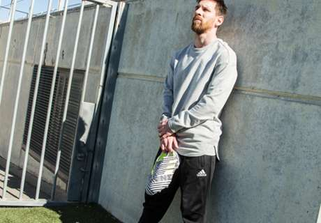 Messi to wear new boots in Copa final