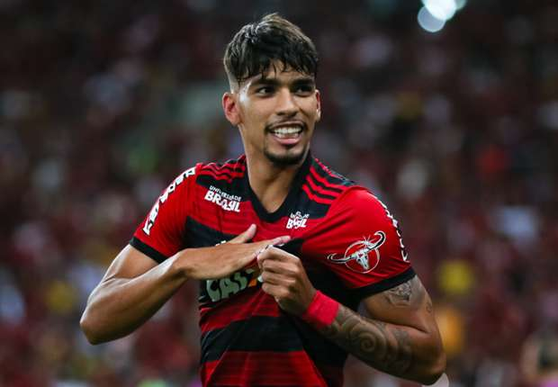 'New Kaka' Paqueta touches down for medical ahead of €35m AC Milan move