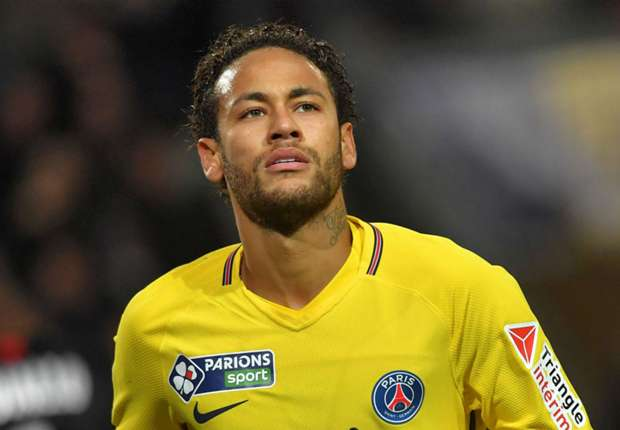Brazil legend Ronaldo urges Madrid to go after Neymar