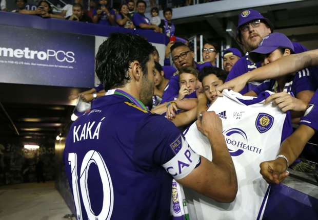Kaka says he wants to extend MLS stay, but no progress made on new deal