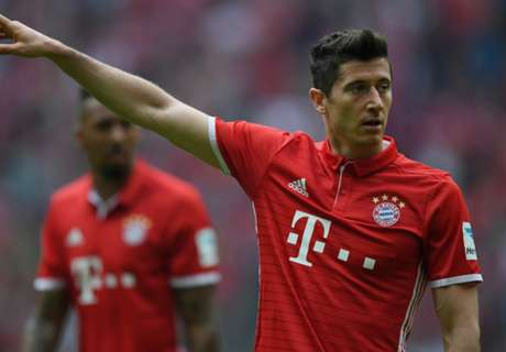 Lewandowski agent silences transfer talk