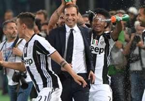 Max Allegri menambah koleksi trofi juara usai mengantar Juventus memenangkan Coppa Italia dan Serie A Italia musim ini. Goal merangkum sepuluh besar pelatih asal Italia yang paling sukses meraih gelar juara di dunia sepakbola (kasta kedua ke bawah tida...