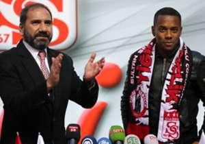 ROBINHO | Atlteico Mineiro >> Demir Grup Sivasspor | Bedelsiz