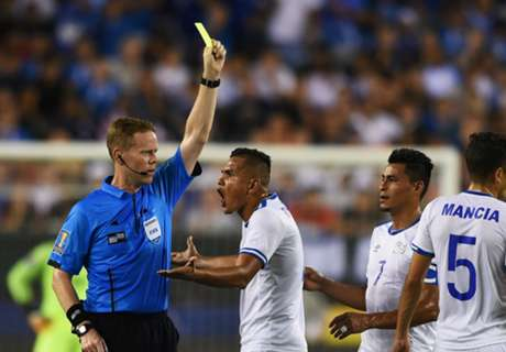 El Salvador players banned for biting