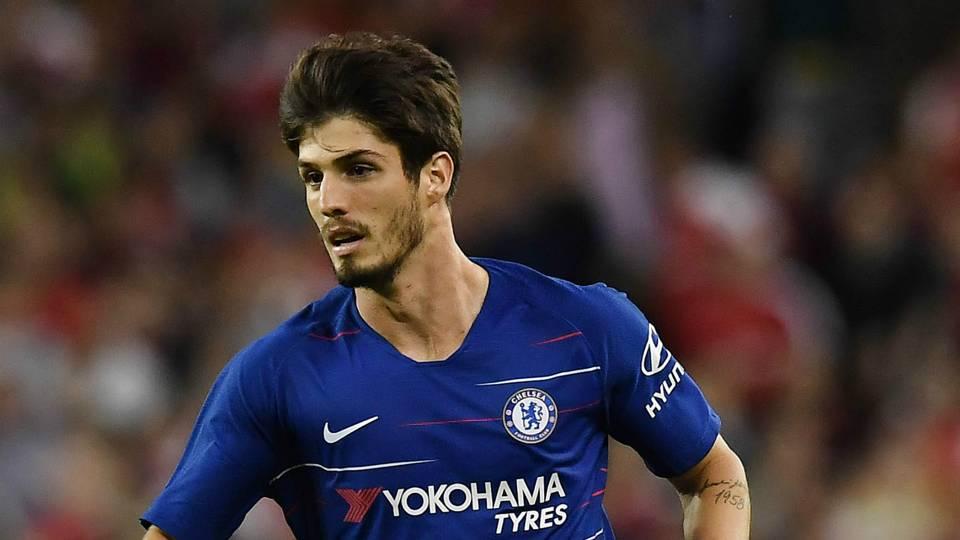 Lucas Piazon Chelsea 2018-19