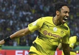 Dortmund besiegt die Frankfurter und damit auch den Final-Fluch in Berlin. Der BVB darf jubeln - und das tut er am Ende auch ausgiebig. Hier kommen die Bilder des Endspiel-Abends.