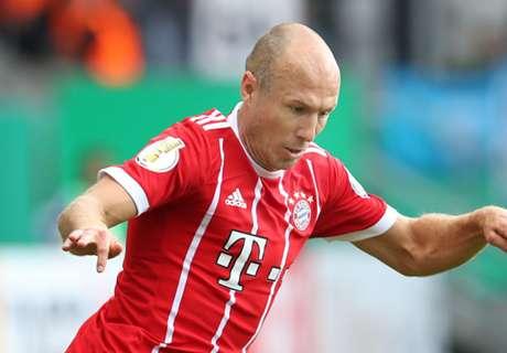 Robben valt uit bij training Bayern