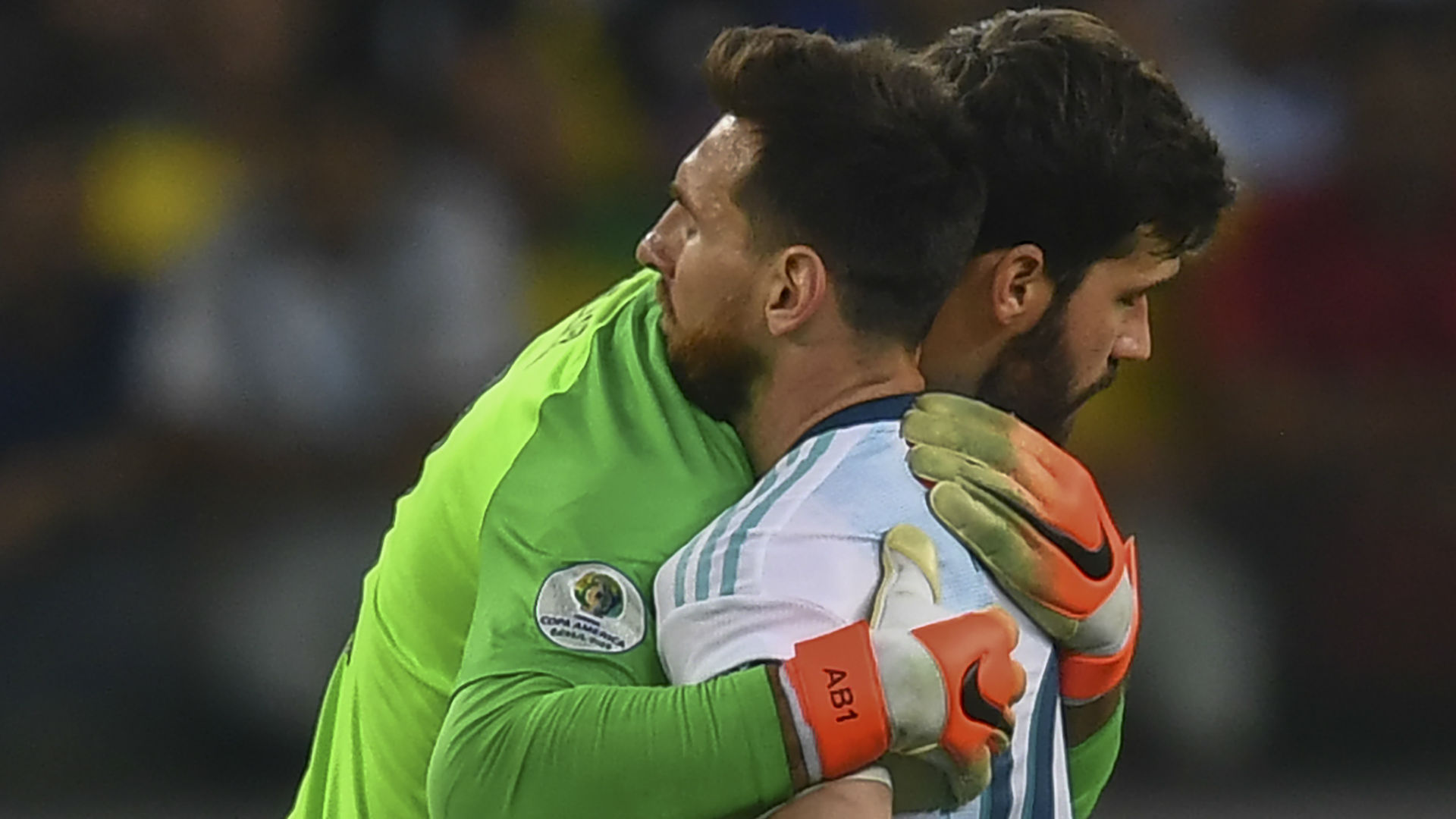 Alisson: Playing against Messi has helped me a lot