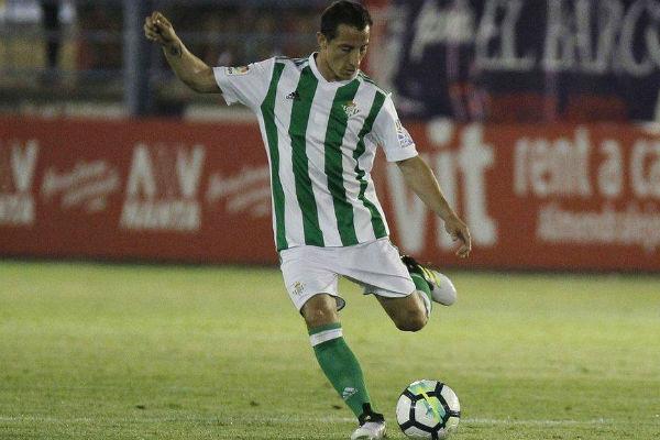 Andrés Guardado debutó con Betis