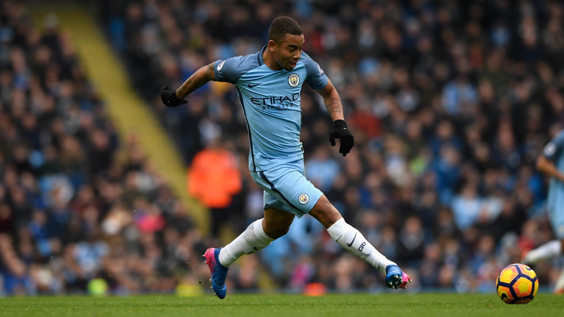 Gabriel Jesus pode voltar ao City neste domingo, contra o Arsenal