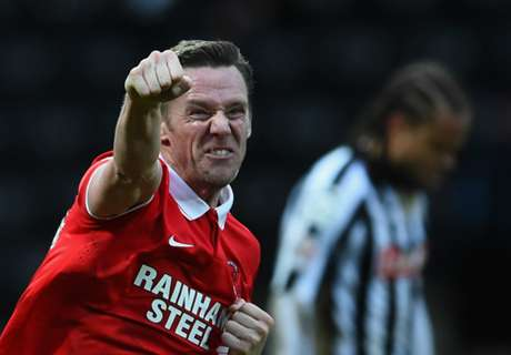 Notts County sign own manager