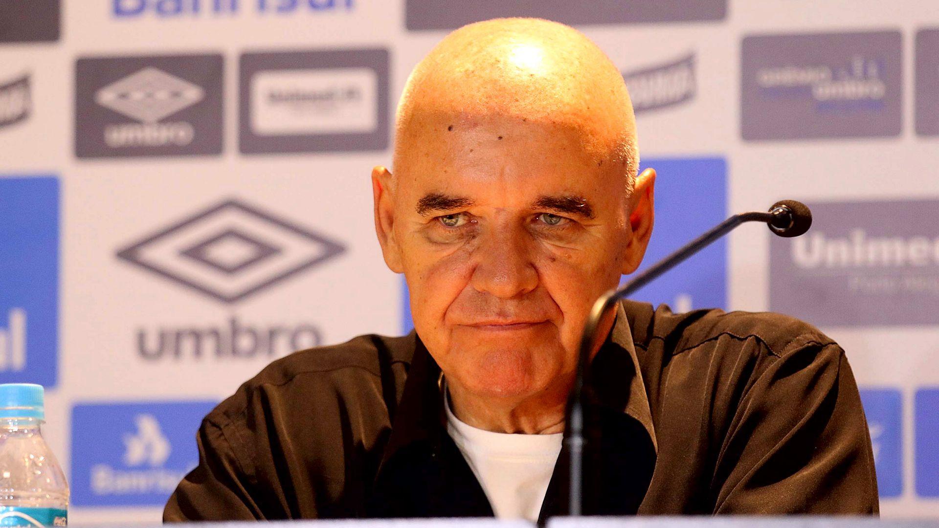 Valdir Espinosa é demitido da coordenação técnica do Grêmio