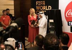 """""""Il tour del treofeo della Fifa World Cup attraversa tantissime città in giro per il mondo, segno di come sia importante tale trofeo e tale competizione da ogni parte della terra"""" ha evidenziato Saeed Hareb, Segretario Generale del Dubai Sports Council."""