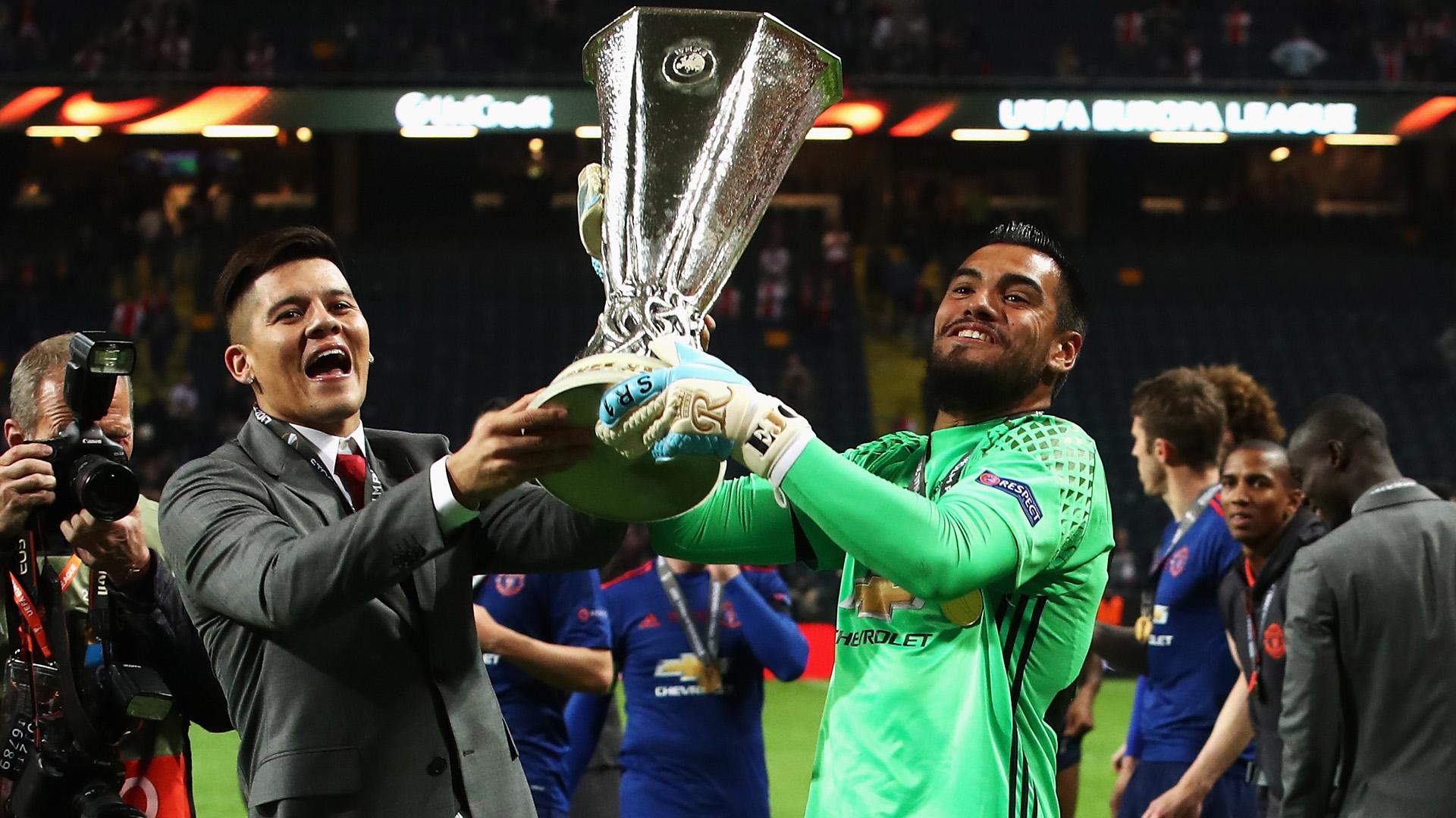 Marcos Rojo Sergio Romero Manchester United Ajax Europa League 240517
