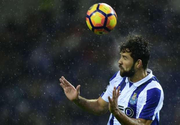 Miranda, Marquinhos, Thiago Silva and... Felipe? Porto man eyes World Cup role