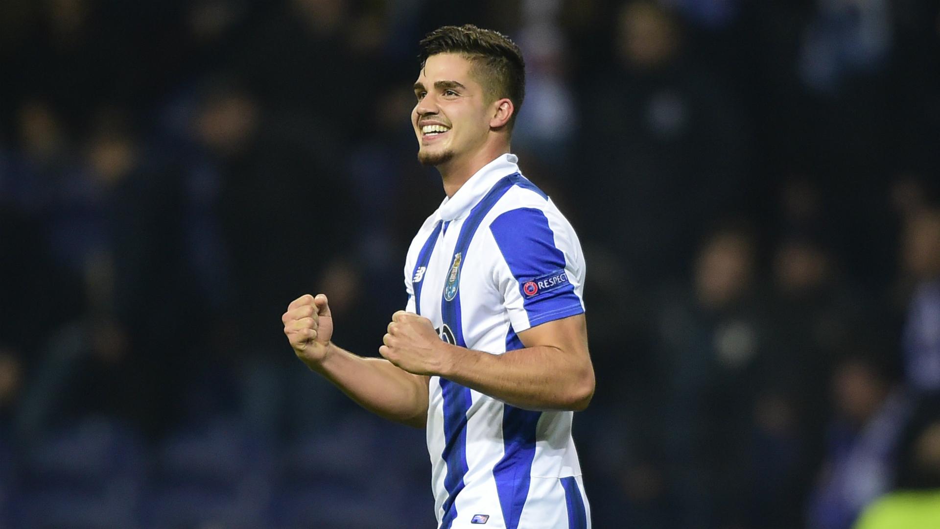 Andre Silva Porto Leicester City 07122016