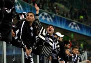 Türk takımları Alman takımlarına karşı Şampiyonlar Ligi'nde 16 kez karşı karşıya geldi. Unutulmaz maçlara sahne olan bu eşleşmelerde Türk takımları pek de istenilen sonuçları alamadı.