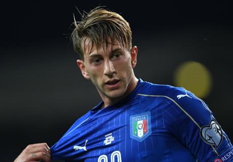 Juve complete €40m Bernardeschi deal