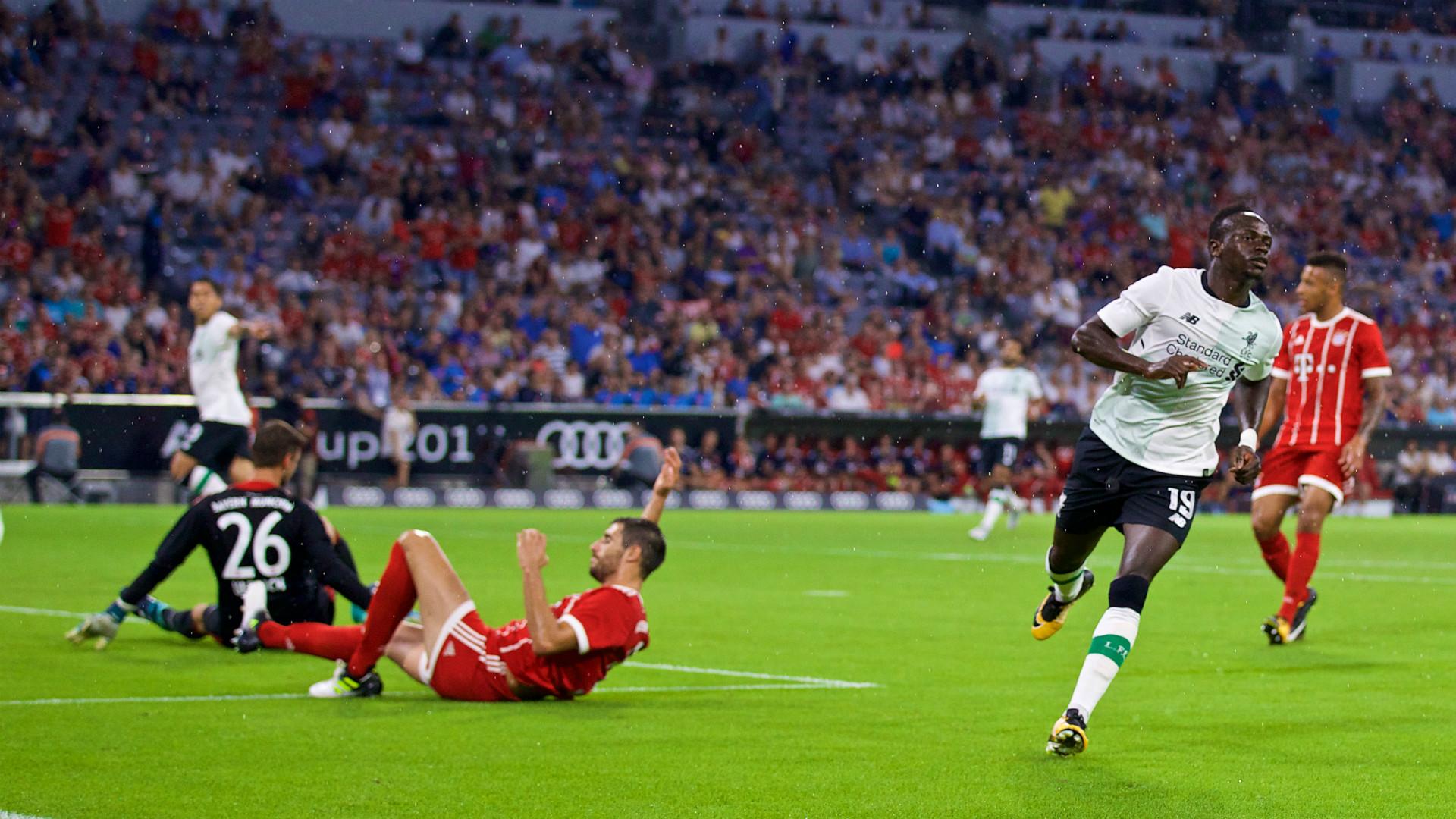 HD Sadio Mane Liverpool celebrate v Bayern