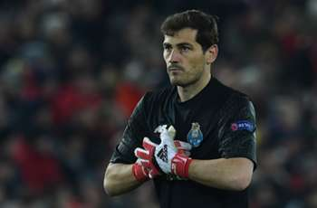Casillas becomes first to play in 20 Champions League seasons