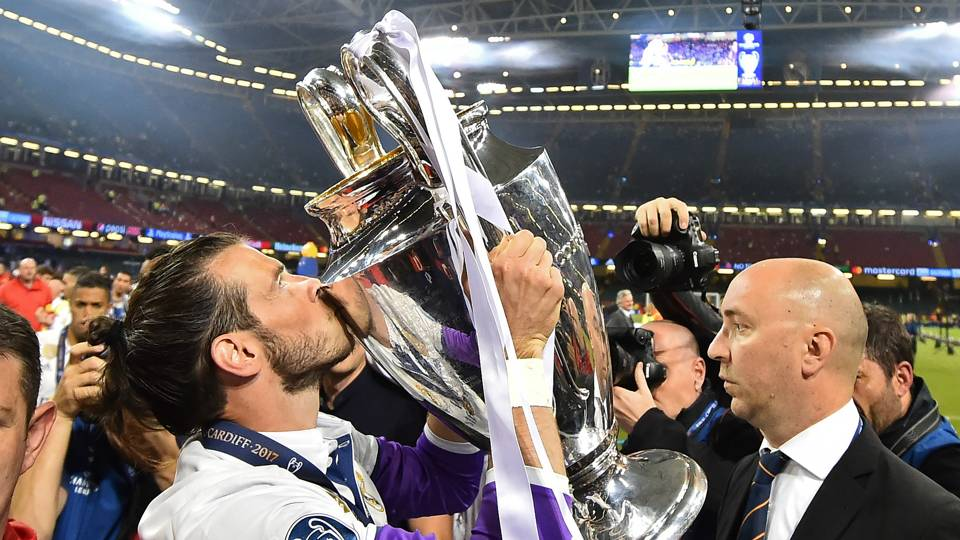 Gareth Bale Real Madrid Champions League Final Trophy