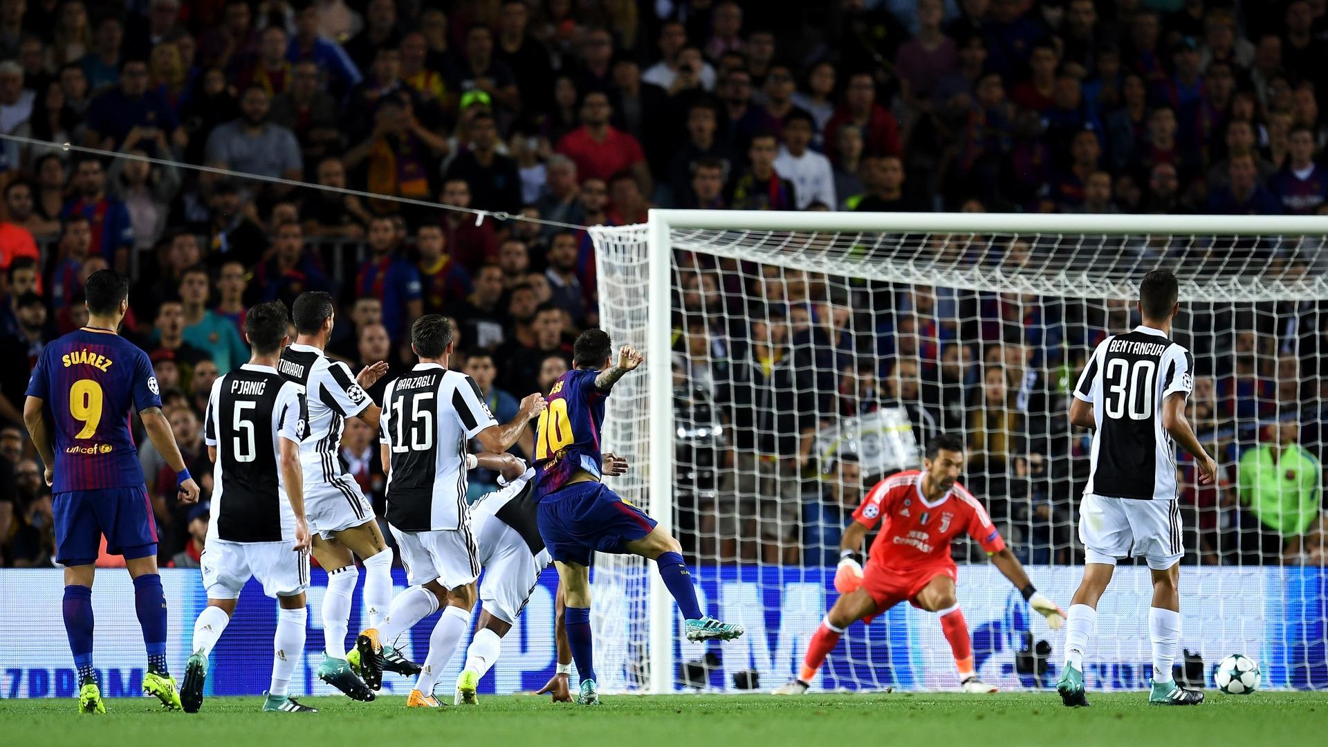 Lionel Messi Gianluigi Buffon Barcelona Juventus UCL 09122017
