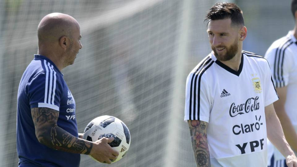 Jorge Sampaoli Lionel Messi Argentina Bronnitsy World Cup 290618