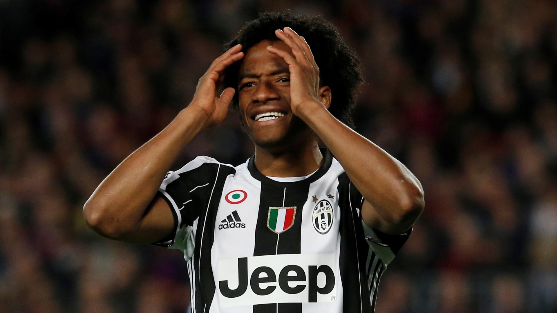 La Juventus rientra senza Cuadrado resta a Barcellona per problemi fisici