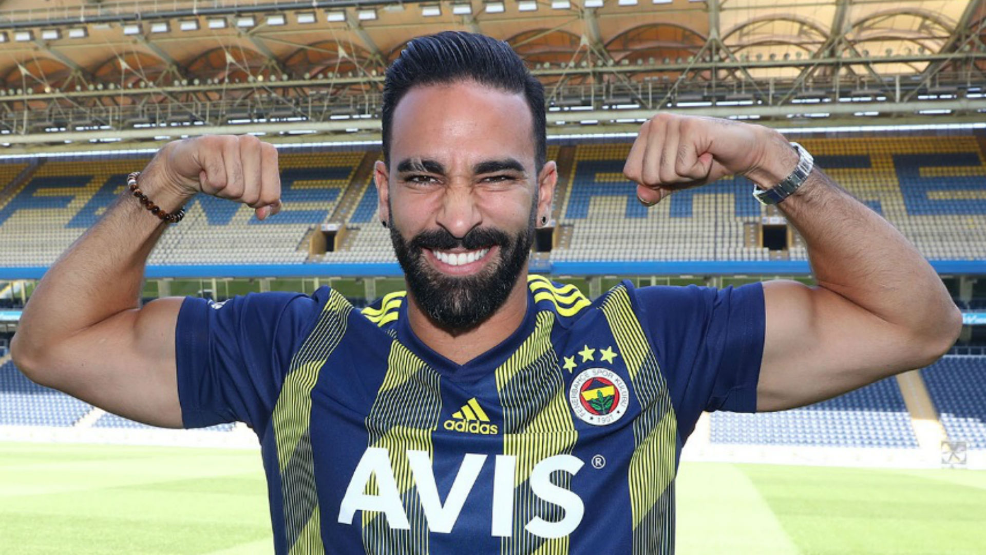 Officiel - Mercato : Adil Rami à Fenerbahçe après son départ de l'OM