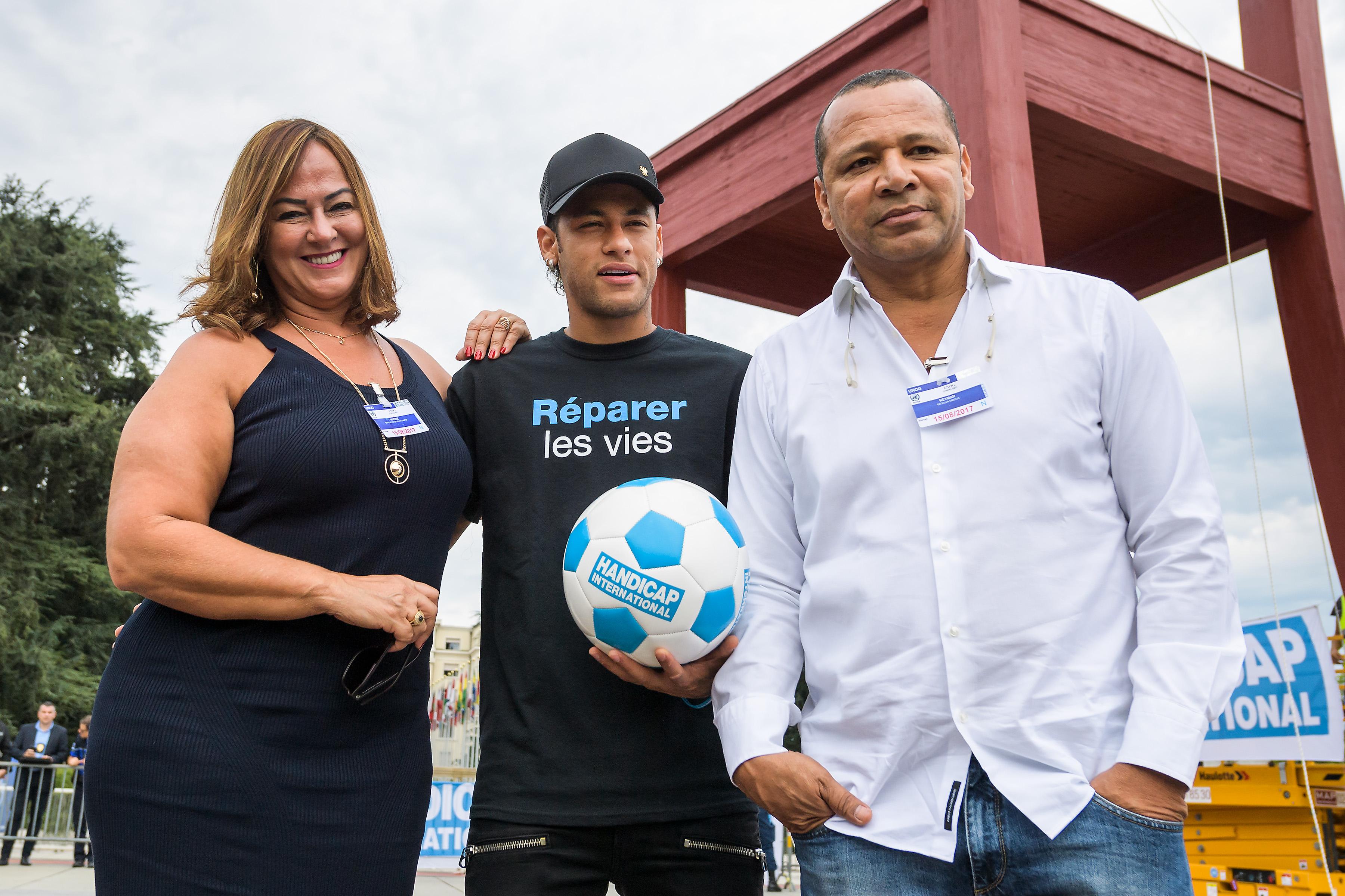 Mercato - PSG : le clan Neymar aurait rendez-vous avec le Barça