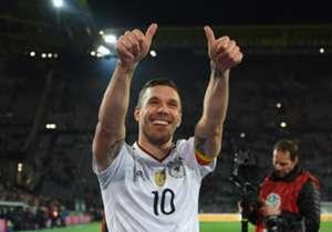 Almanya ile İngiltere'yi karşı karşıya getiren hazırlık maçında Lukas Podolski, milli forma altındaki son maçına çıktı. Alman basını ise buna geniş yer ayırdı.