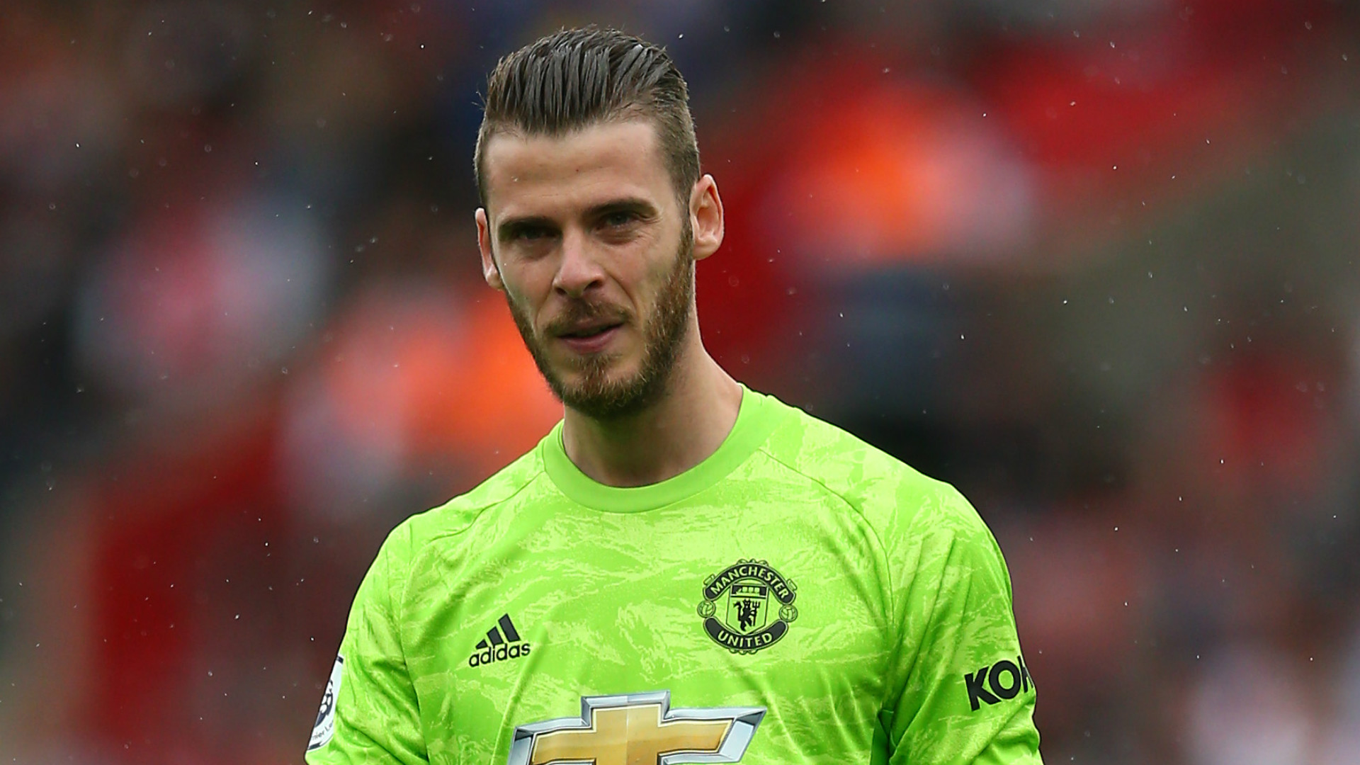 Solskjaer says De Gea has focus back on football after finally signing Man Utd contract