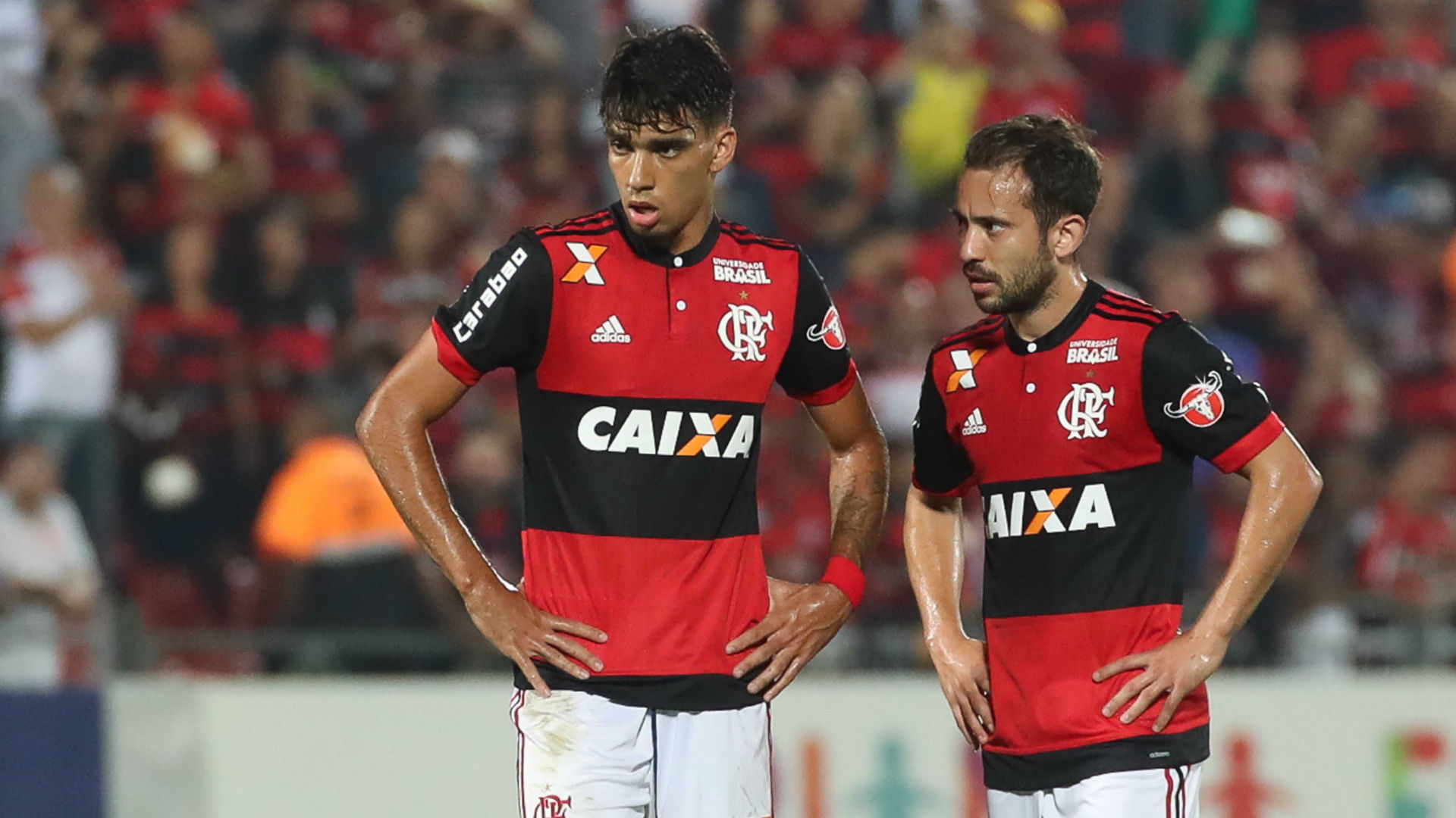 Lucas Paquetá Everton Ribeiro Flamengo Atlético-GO Brasileirão 20 08 2017