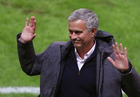 Mourinho: Poets don't win titles