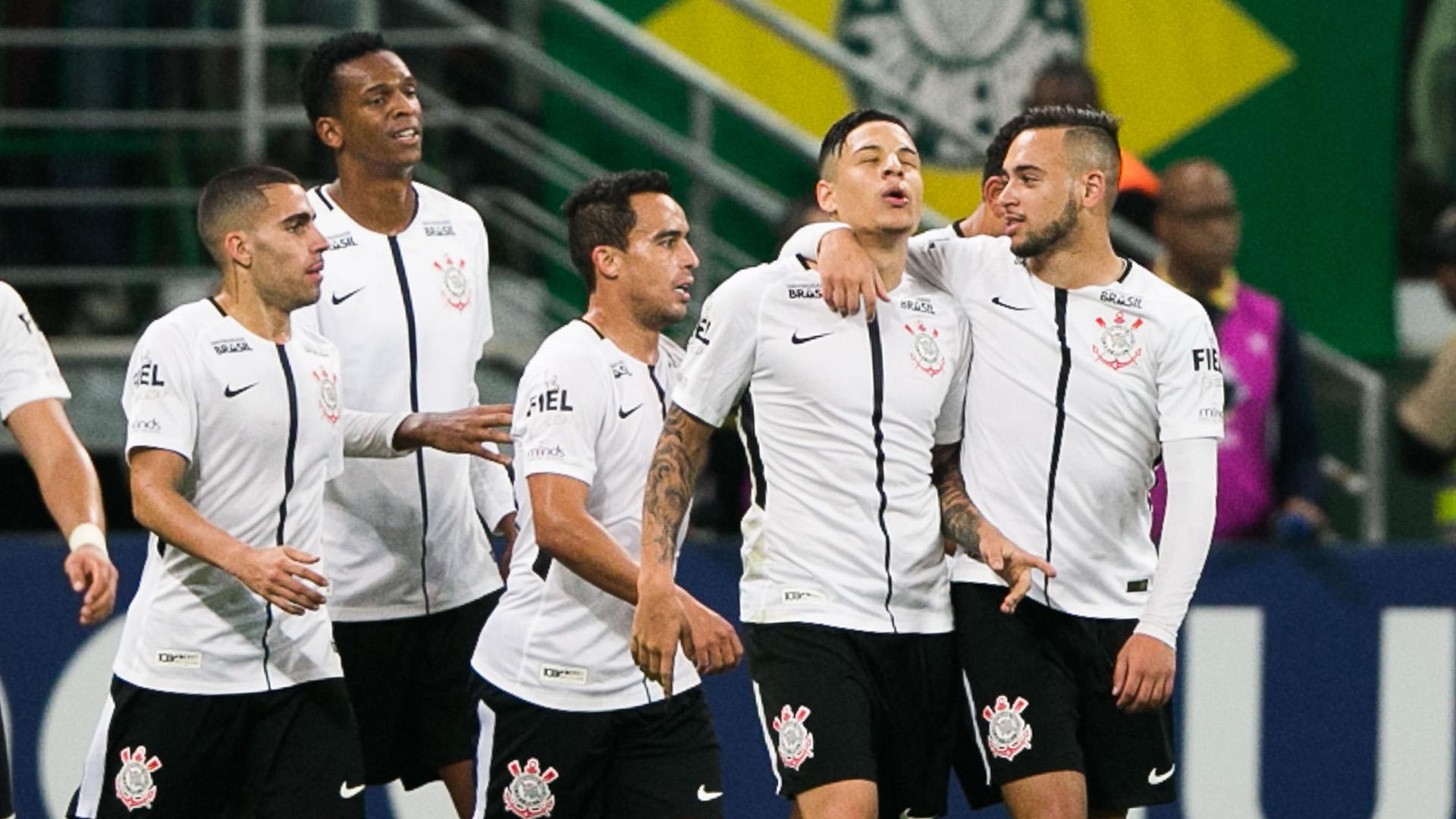 Guilherme Arana Palmeiras Corinthians Brasileirao Serie A 12072017