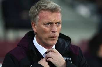 Former Man Utd boss Moyes invites offer from USMNT